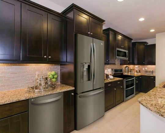 45 The Black Stainless Steel Kitchen Appliances Cabinet Colors Game Decorinspira Com