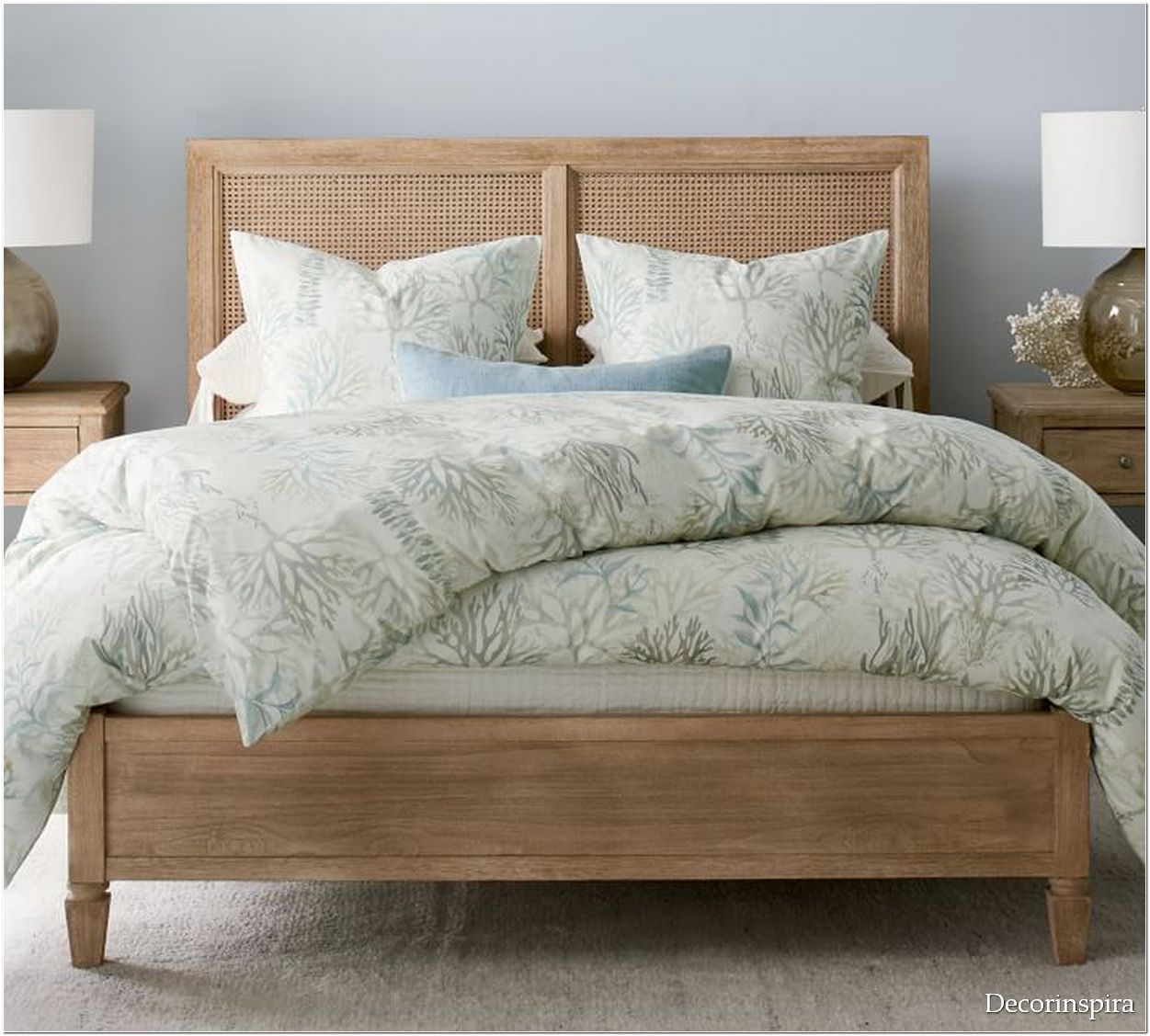 Coral Bedroom Ideas For a Great New Bedroom
